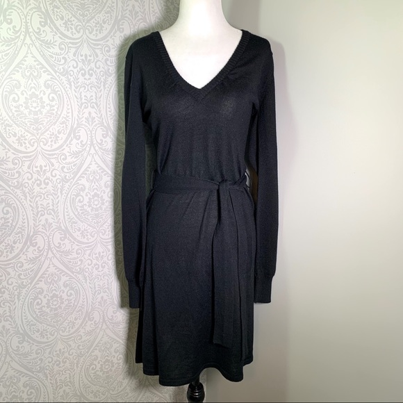 H & M long sleeve sweater dress with belt.